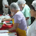 Voluntárias na cozinha (Aldo Shiguti)