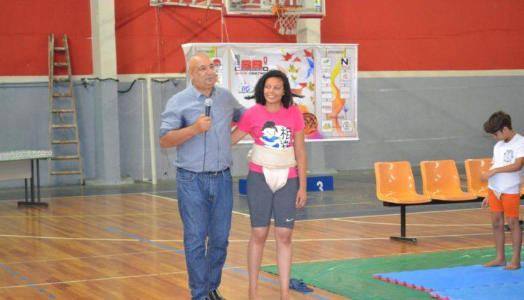 Secretário de Esportes Nardinho com Letícia Clemente (Facebook/Luciana Watanabe)