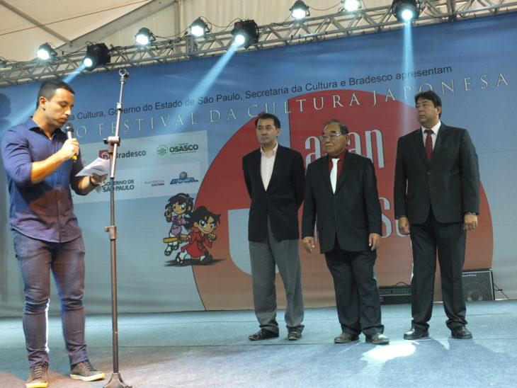 O prefeito Rogério Lins durante discurso na cerimônia de abertura (Aldo Shiguti)