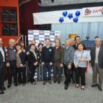 O aniversariante com convidados (Jiro Mochizuki)
