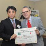 Aiichiro Matsunaga com Nelson Goes, do Hotel Matsubara (Jiro Mochizuki)