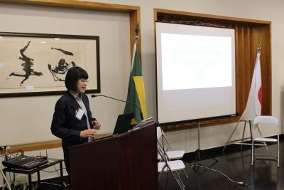 Apresentação pela Dra. Nanahira (divulgação)
