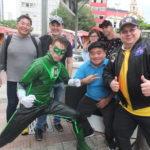 O Lanterna Verde Luiz Carlos com Augusto Takeda, Walter Saito e o cantor Joe Hirata (Aldo Shiguti)