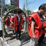 Cônsul e Kim Kataguiri passam no arco - Jiro Mochizuki