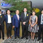 Com o cônsul geral do Japão em São Paulo, Yasushi Noguchi (Jiro Mochizuki)