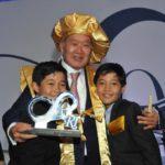 Com os netos Pietro e Kenzo (Jiro Mochizuki)