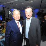Renato Ishikawa com o vereador Aurélio Nomura (Jiro Mochizuki)