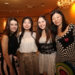 Gabriela, Mayu, Amy e Mayumi Madueño, do Oshiman (Jiro Mochizuki)