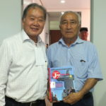 Renato Ishikawa com Tamio Sekita, presidente do Sindicato dos Produtores Ruais de São Gotardo (Aldo Shiguti)