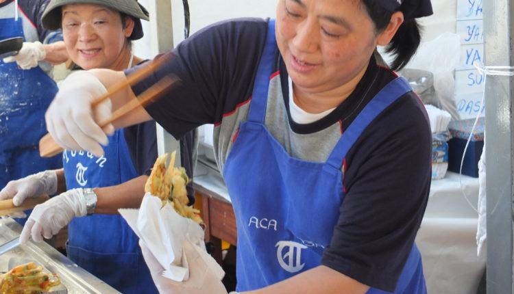 Voluntárias com a mão na massa (Aldo Shiguti)